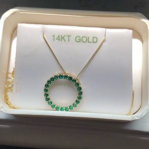 Jewelry - 14 kt gold emerald necklace